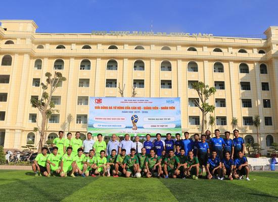 Giao lưu bóng đá - Giải Tứ Hùng trường Đại học Nam Cần Thơ mở rộng